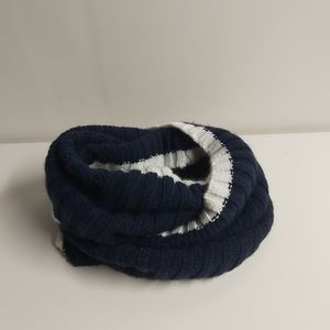 🎉$6 ADD ON- Navy blue and white infinity scarf